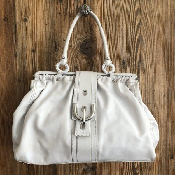 TODs Handtasche weiss 1 scaled - Marilynandhim.com