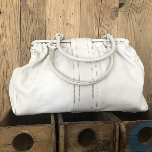 TODs Handtasche weiss 5 scaled - Marilynandhim.com